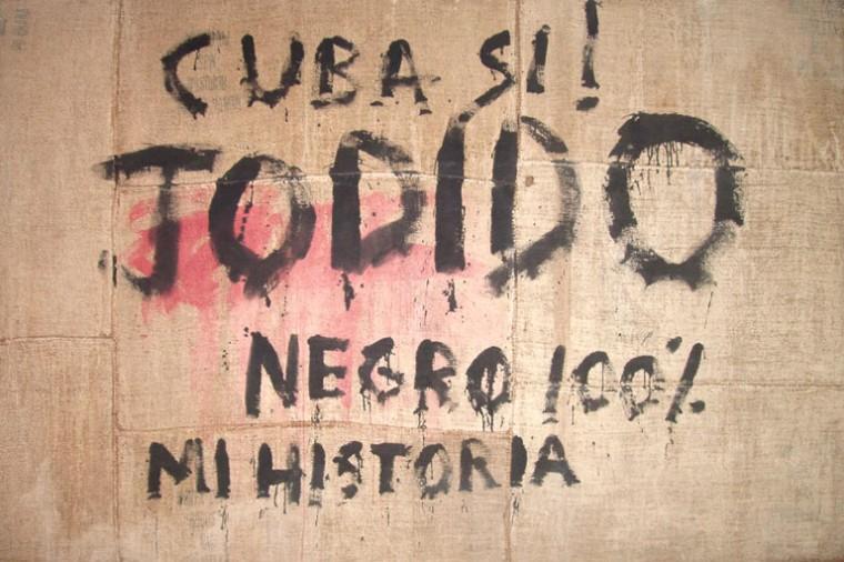 Cuba si, 2000. Mixta sobre yute. 200 x 300 cm